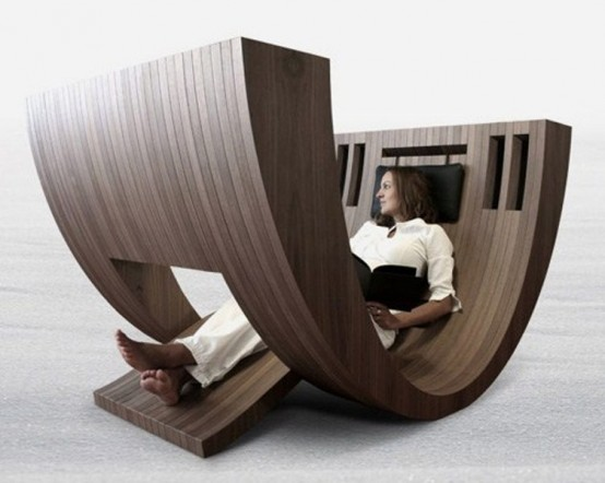 Creative_Wooden_Vessel_For_Relax_Reading_a_Book