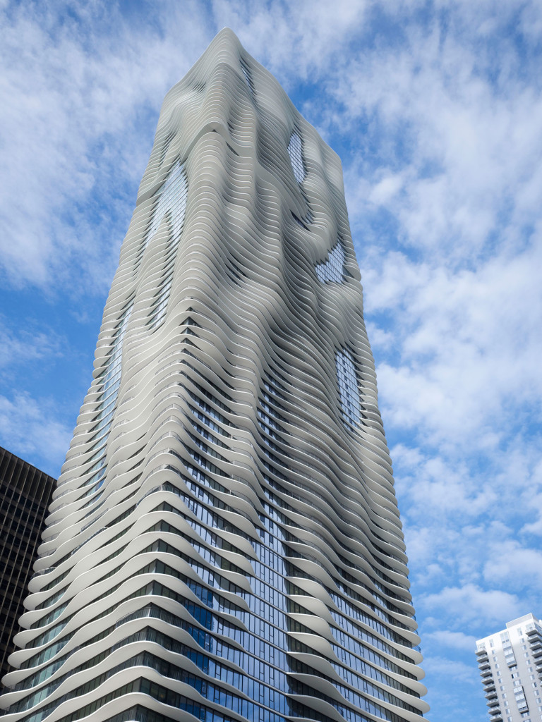 aqua-tower-chicago-facade