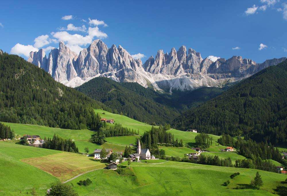 holidays-in-the-dolomites-italy