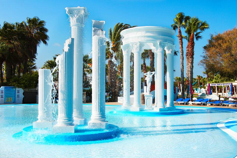 Pegasus-pool-at-Waterworld-Ayia-Napa-2
