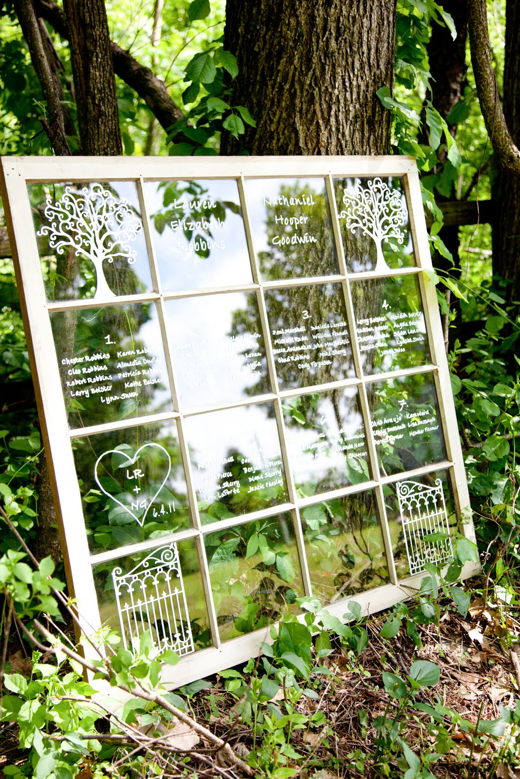 Top 25 best and interesting ways to repurpose old windows for Ways to use old windows