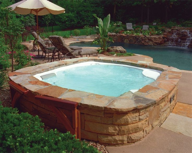 Hot Tub Backyard Ideas : hottubbackyarddesign
