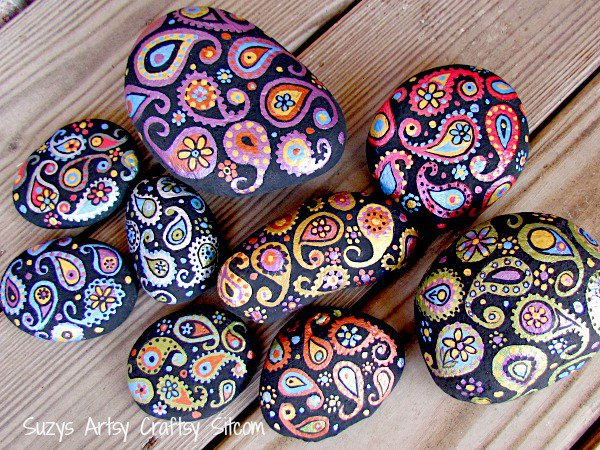 THE ART IN LIFE Rock Painting (8)