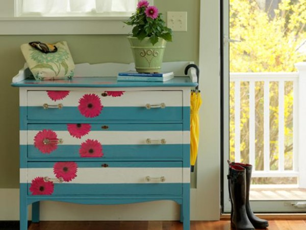 Paint-and-Decoupage-a-Dresser-600x450