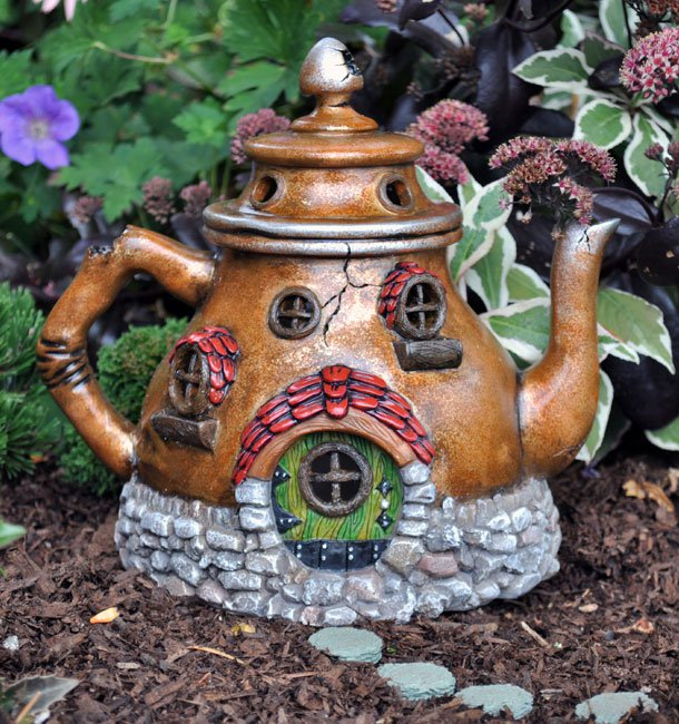 15 Inspiring And Easy Ideas To Use Teapots At Home Decor