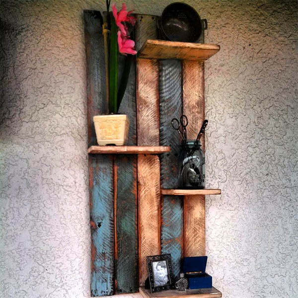 pallet-wall-display-shelves