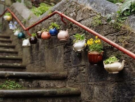 plant-container-garden-art.-4