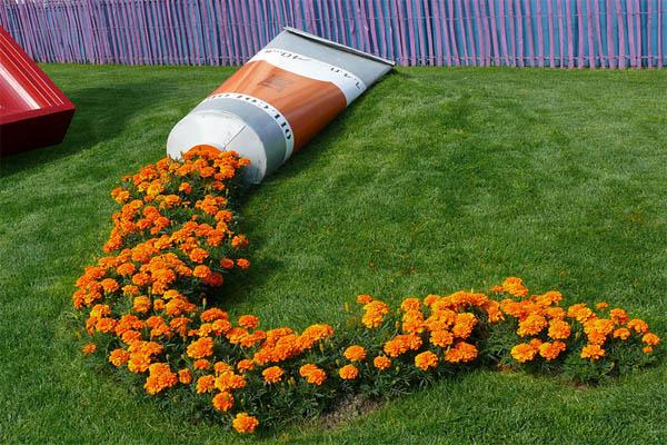 spilled-flowers-garden-ideas-1__880