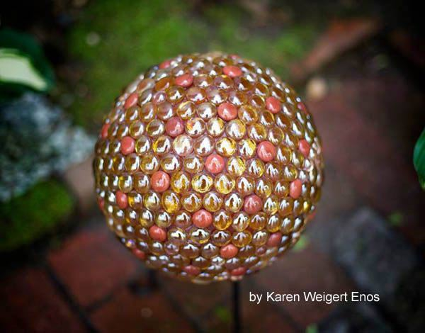 EyeCatching DIY Garden Balls Inexpensive Decorations The ART In LIFE Mesmerizing Bowling Ball Garden Decorations