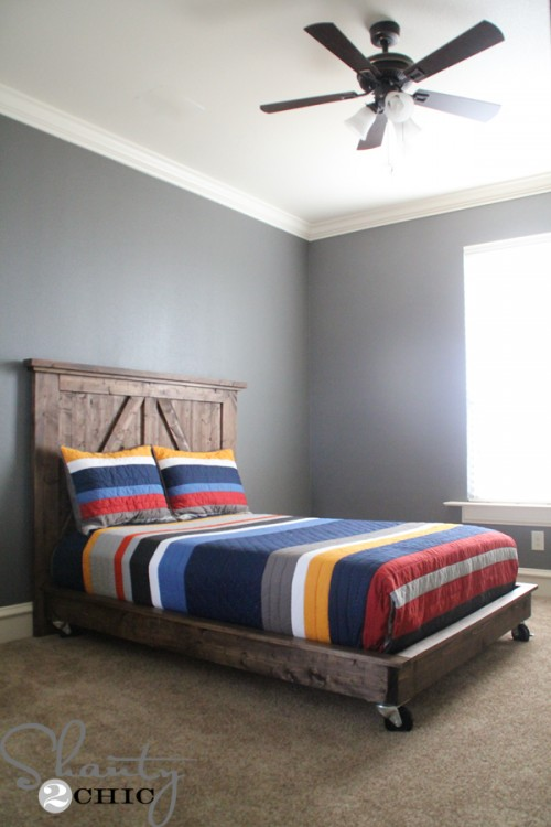 DIY-Platform-Bed-on-Wheels-500x750