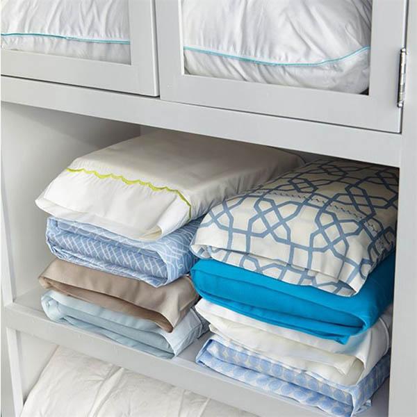 closet-organizing-2