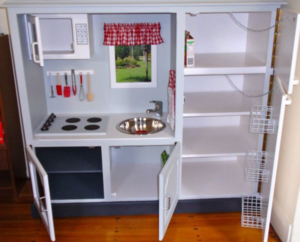 diy-play-kitchen_blog140107