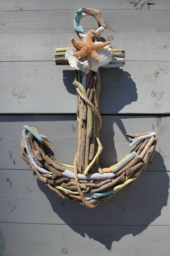 Wonderful diy projects you can do with driftwood the art for How to make driftwood crafts