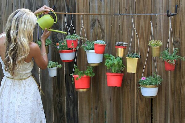 hanging pots turn to mini garden