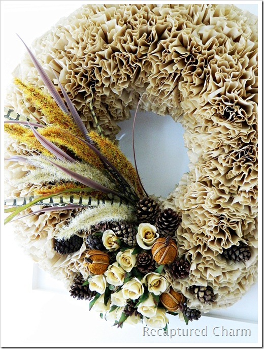20 Amazing DIY Wreaths to Craft This Fall - The ART in LIFE