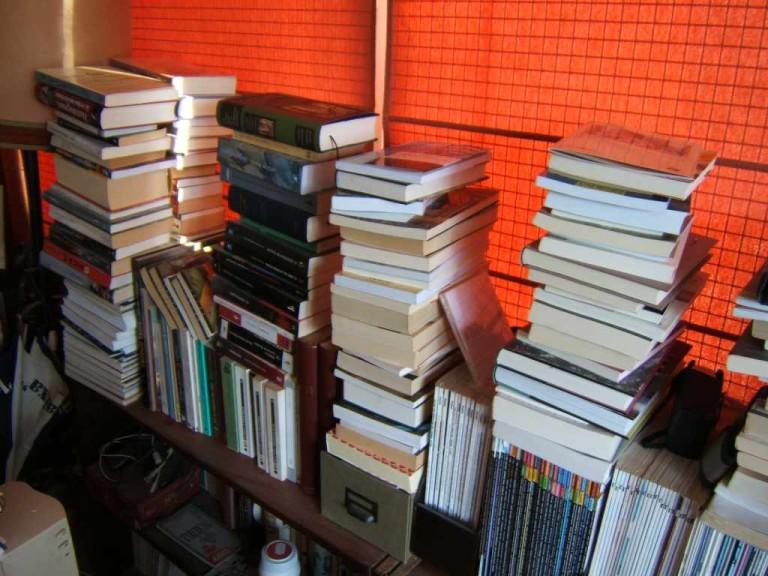 books-768x576