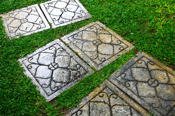 garden-path-stepping-stones-13