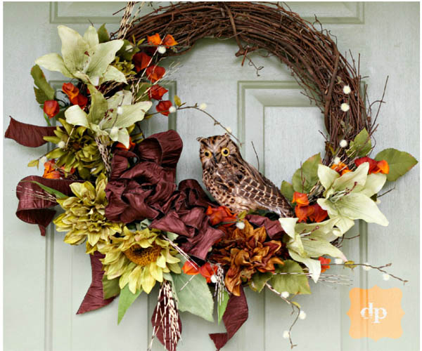 20 amazing diy wreaths to craft this fall the art in life for Amazing wreaths