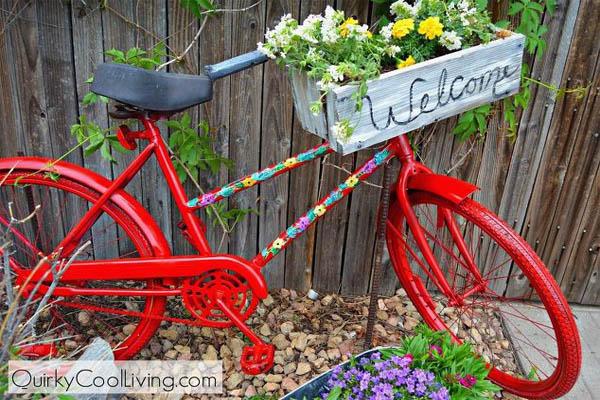 repurposed-garden-bike-container-gardening-gardening-repurposing-upcycling