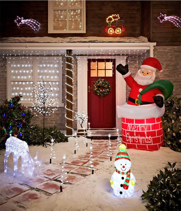 21-christmas-lights-fantasy-decoration-homebnc