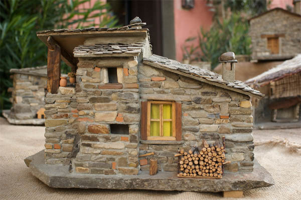 craftsman-miniature-stone-house