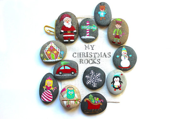 amazing christmas rocks to decorate your home