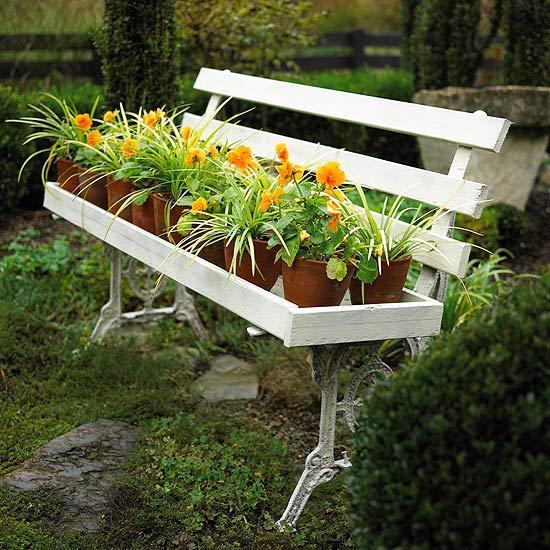 Small Space Garden Ideas: 15 Crafty Small Garden Ideas And Solutions For Saving