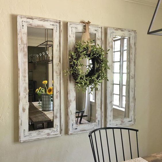 Retroed Wall Mirrors With Natural Wreath Accent Entryway Decor Ideas