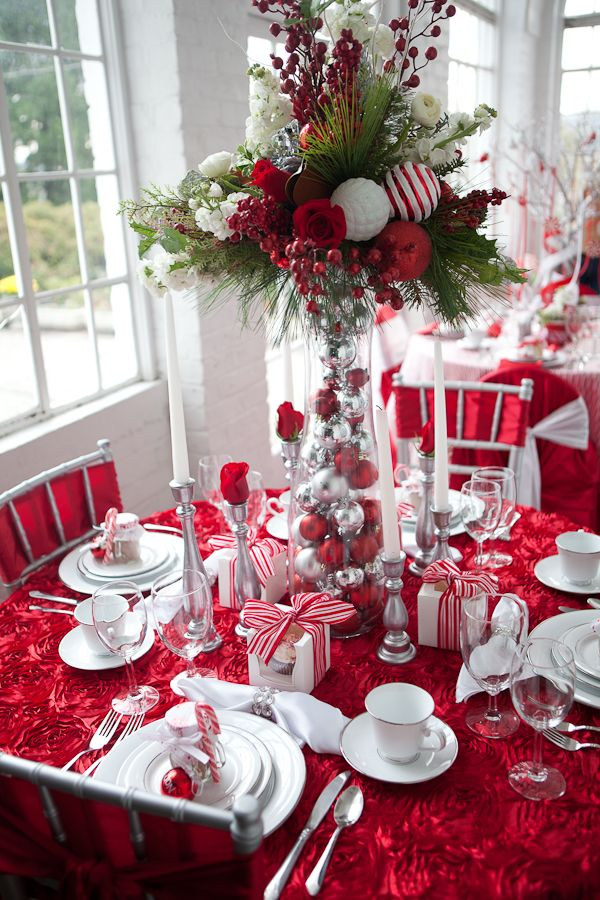 17 Creative amp Classy DIY Christmas Table Decoration Ideas