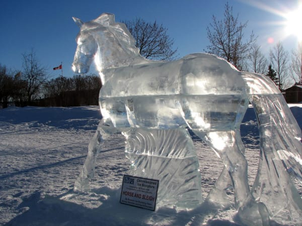 20 Mind Blowing Ice Sculptures That Will Take Your Breath