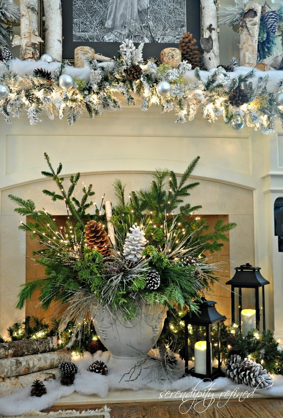 Amazing pine cone decorations you can make for christmas for Beautiful indoor christmas decor