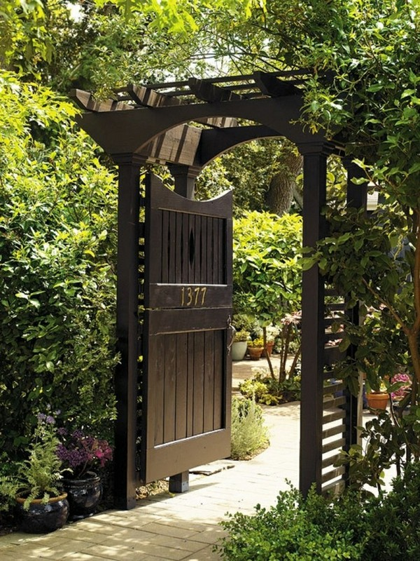 Elegant model which introduces in a modern and stylish garden & 20 Amazing Garden Gate Ideas Which Make a Great First Impression ...