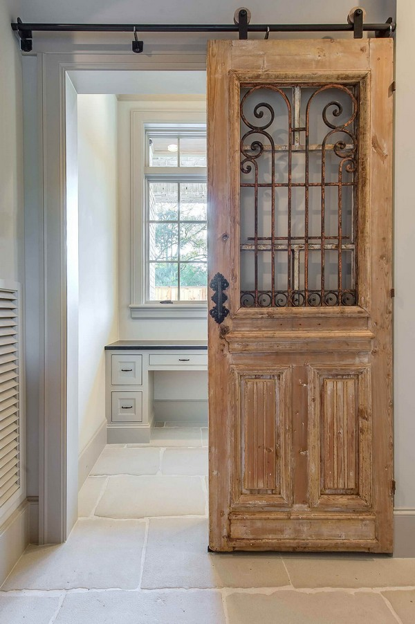 20 Simple and Creative Ideas Of How To Reuse Old Doors ...