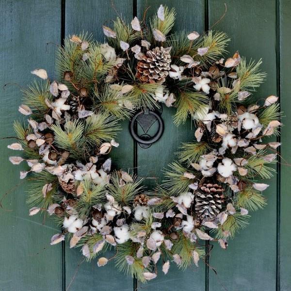 22 wonderful diy winter wreaths that will make your neighbors jealous