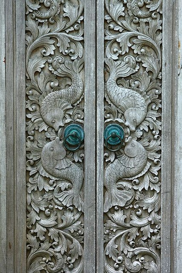Splendidly intricate hand carved doors that you must
