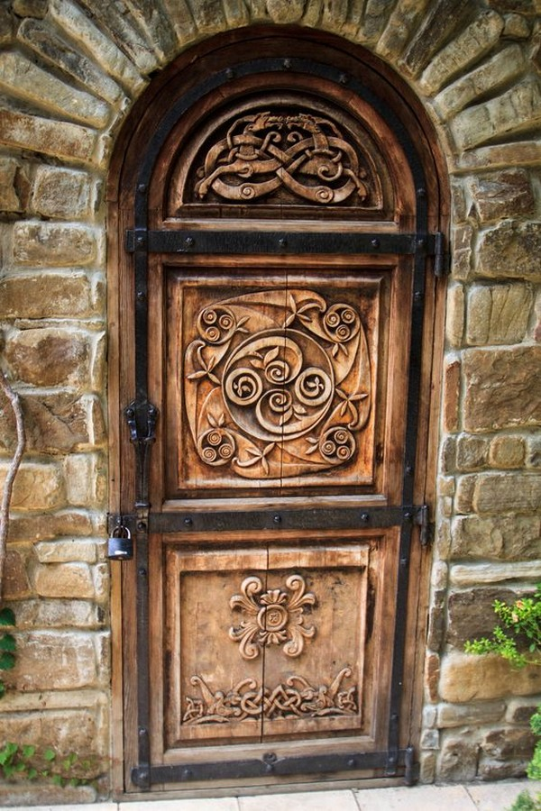 16 splendidly intricate hand carved doors that you must for Hand carved wood doors