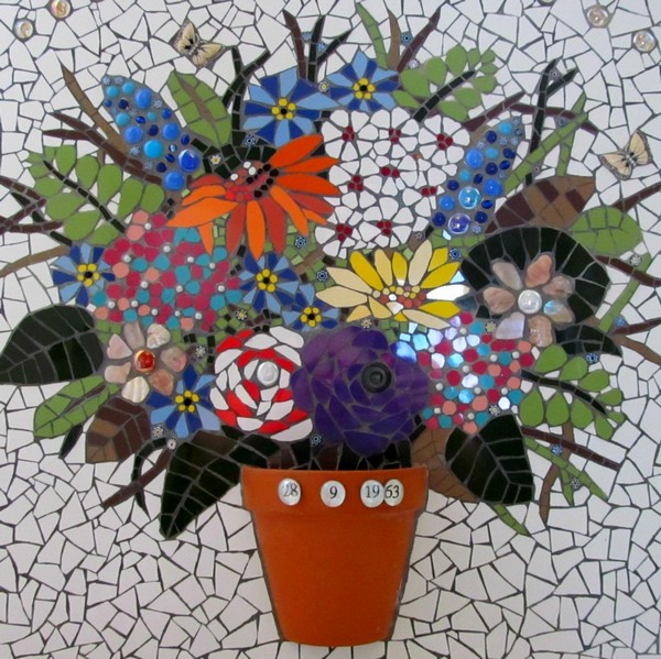 Wonderful Diy Mosaic Projects That Everyone Can Make At