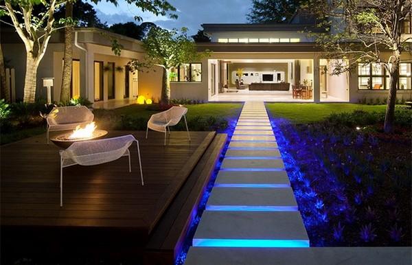 Fascinating Garden Walkways For Unique And Modern Outdoor ...