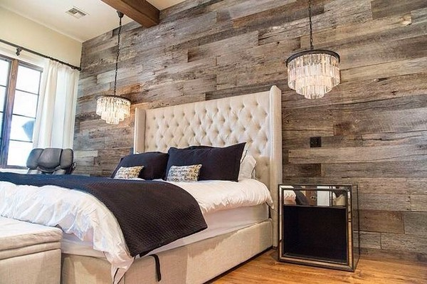 source - Wood Pallet Wall