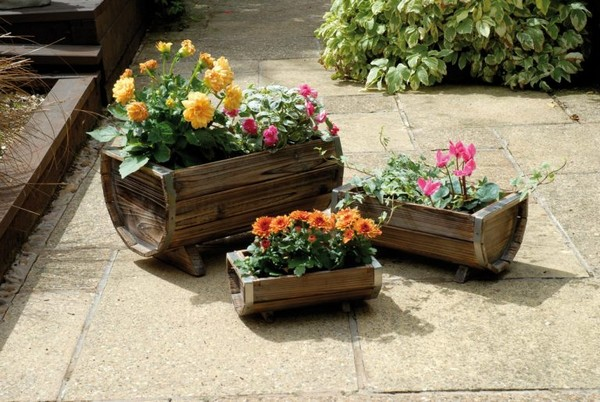 Beautiful Wooden Planters You Will Love To See In Your