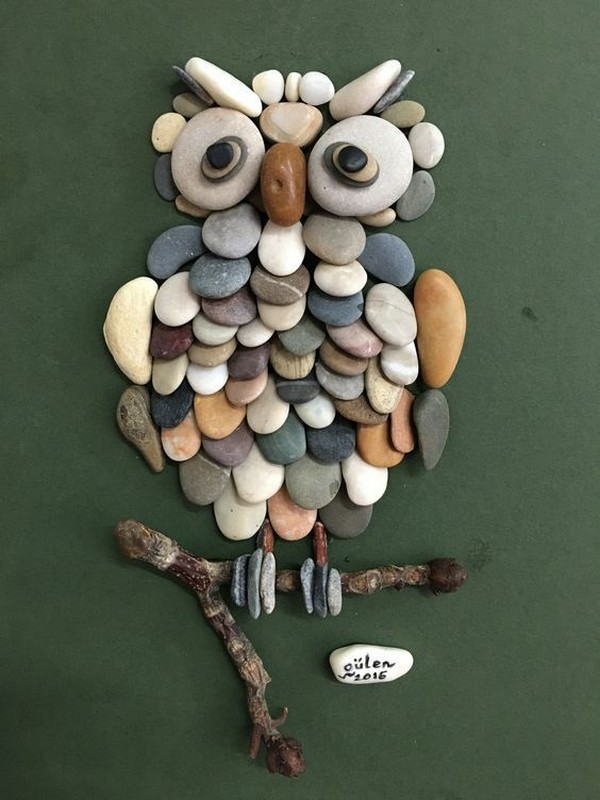 15 lovely diy ideas to spice up garden with pebbles art for Pebble art ideas
