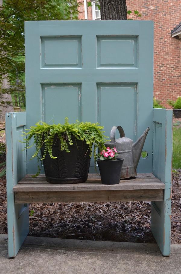 Brilliant Repurpose Old Door Ideas Without Spending Money