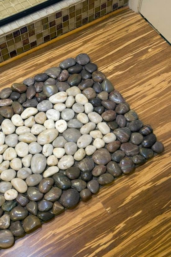 Creating A Kitchen Backsplash With River Stones