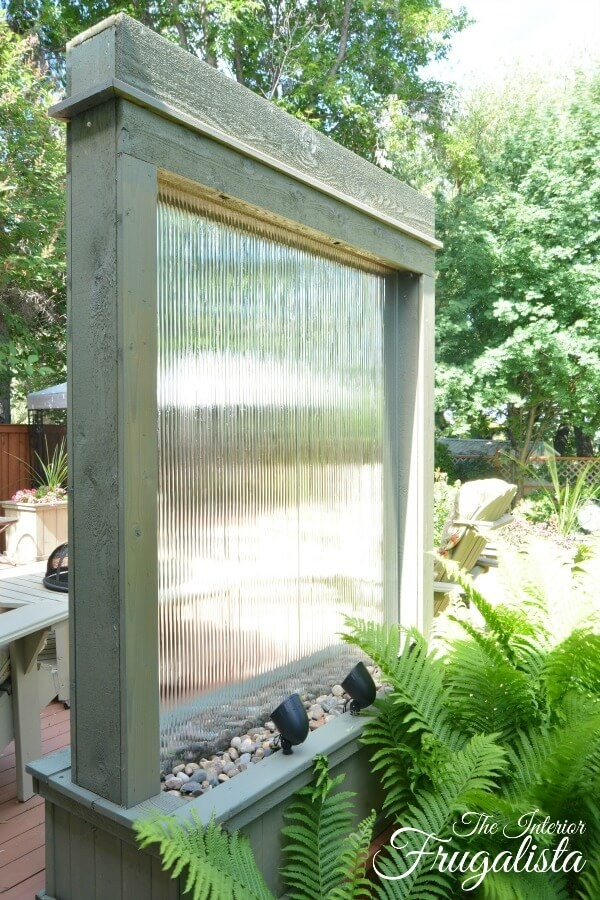 18 Crystal Clear and Calming DIY Water Feature Ideas for ...
