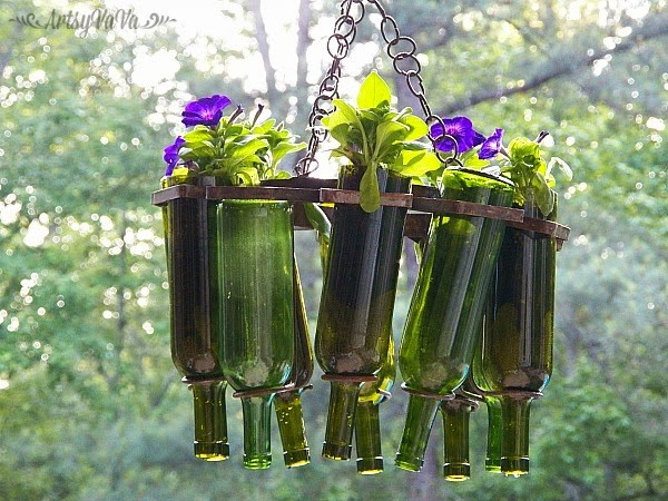 16 Wonderful Diy Wine Bottle Ideas For The Garden The