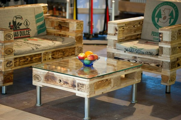 20 Extremely Genius DIY Pallets Furniture Design Ideas