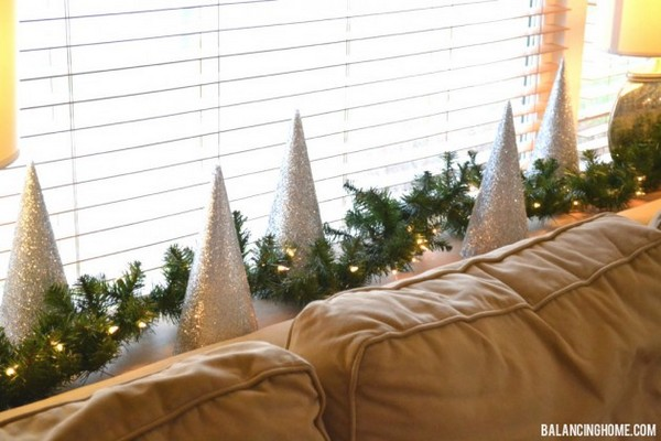 Charming DIY Christmas Tree For A Unique Holiday Season