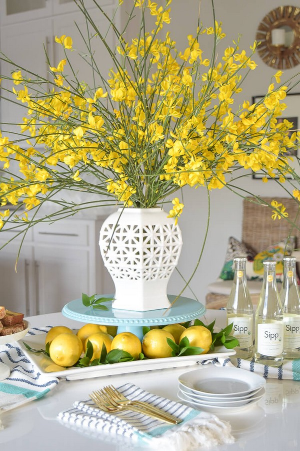 Fresh spring centerpiece ideas to give your table a