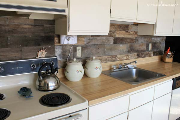 cheap diy kitchen backsplash 15 inexpensive diy kitchen backsplash ideas and tutorials 16681