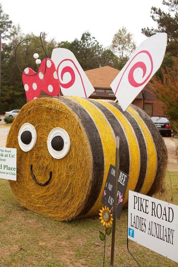 Hay Bale Decorating Ble Bee 17 Cool Ways To Use Straw Bales For A Shabby Chic Garden Decor